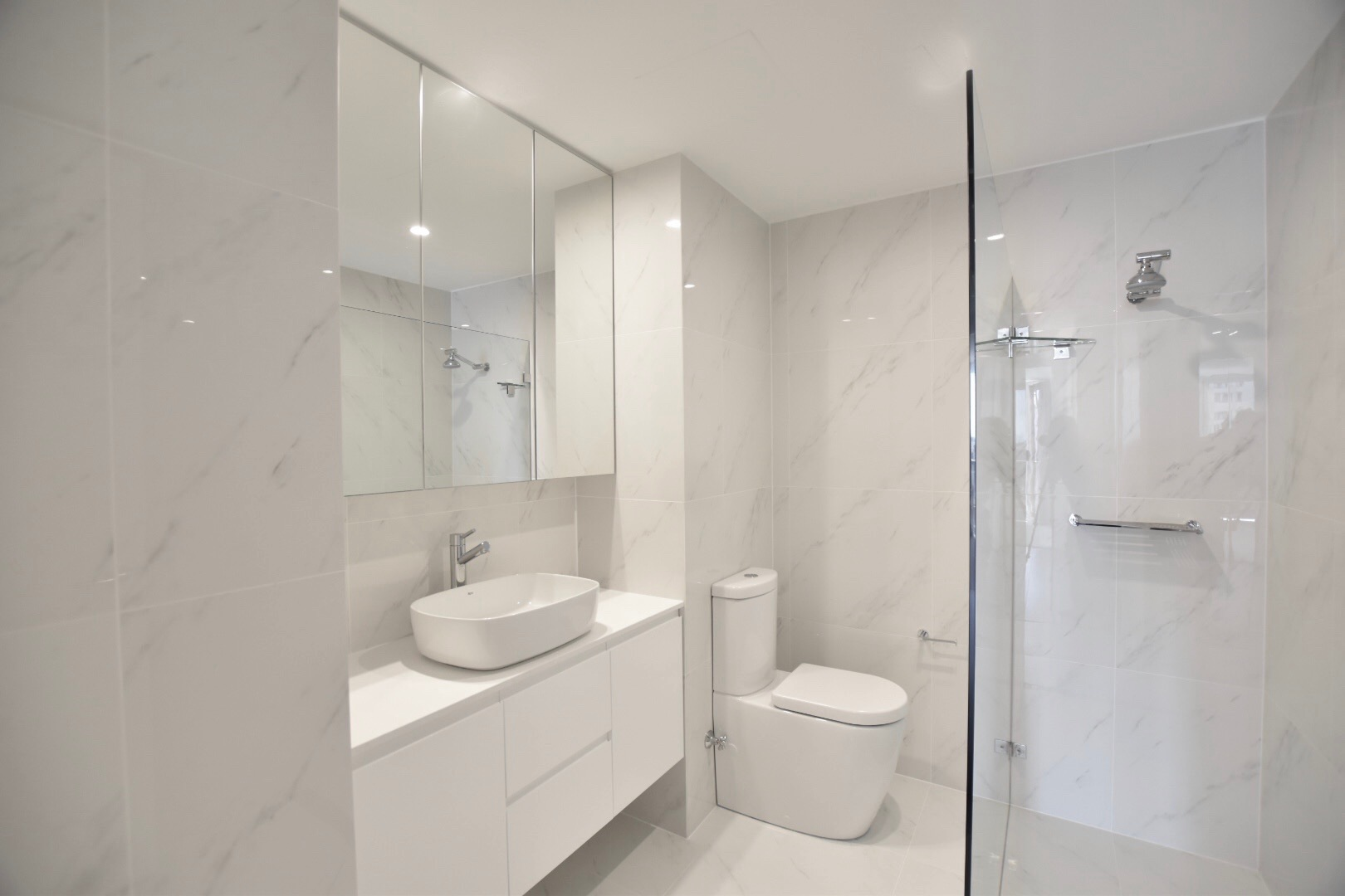 Bondi Interior Designer bathroom design